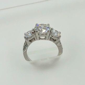 Very nice diamond engagement ring