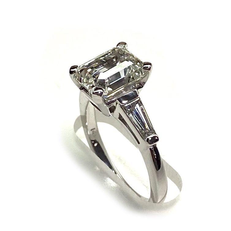 3 carat lab grown diamond ring