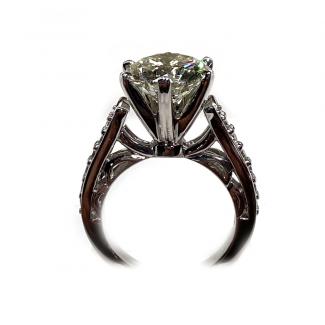 Platinum Engagement Ring Profile